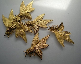 6 large brass bee charms
