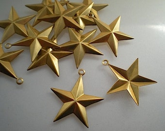 12 large brass star charms