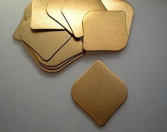 12 flat brass rounded diamond stamping blanks