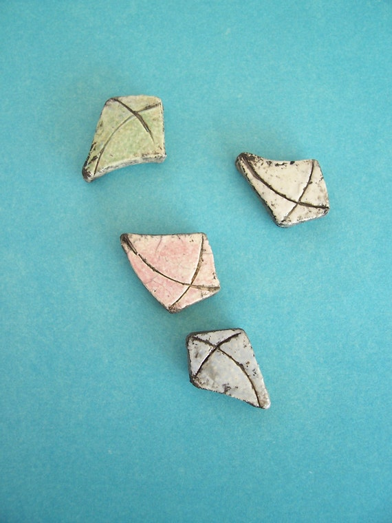 Lot of 4 Ceramic Clay Kite Beads - Destash