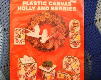 Plastic Canvas Holly and Berries Patterns