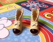 Safaris Shoe Earrings