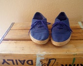 Sailor blue sneakers with woven sole - size 6.5