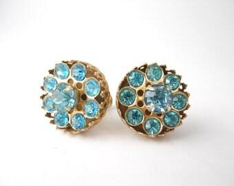 VINTAGE RHINESTONE SCREW-back, Aqua Blue Rhinestone, Filigree earrings
