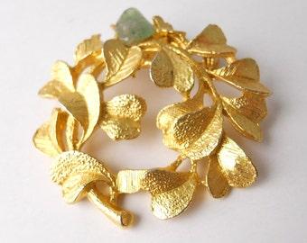 AFRICAN, GREEN AVENTURINE, brooch!  Stunning!