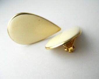 1980s CLIP-ON Office Chic, Tear-Drop earrings