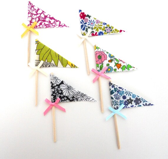Liberty of London, Pennant flag- cupcake toppers (a)