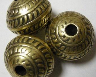 Large Hole Beads (3)