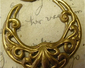 Vintage Brass Crescent Findings (2)