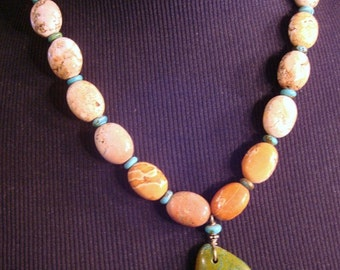 Amazing turquoise and ivory magnisite necklace