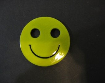 SMILEY FACE yellow  MAGNET- Super strong earth magnet - 70' inspired- happy face - Round - Steel- Locker - Fridge - door