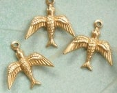 12 small brass flying BIRD jewelry charm 17mm x 17mm (ST48d).