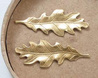 6 pcs OAK LEAF jewelry brass embellishments with gold color frontside and copper color backsides. 40mm x 15mm (ST3c)