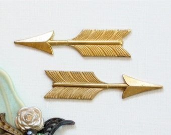 2 pcs brass ARROW jewelry embellishment . 44.5mm x 10.5mm (FF39)