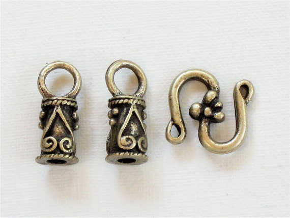 5 sets of leather jewelry End Caps and S Hook . Antique Bronze (EC15ab)