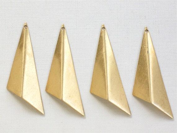 6 TRIANGLE drops jewelry pendant in gold color. 46mm x 22mm (S35). Please read description