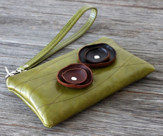 SALE - Leather Wristlet with detachable strap - Poppies on Distressed Kiwi