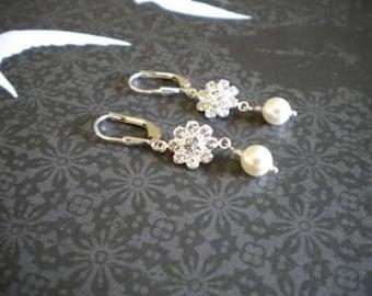 Flower Girl earrings, Jr. Bridesmaid earrings, Bridal Pearl Earrings, danty earrings