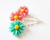 Daisy flower peach coral mint green hairpins. Silver plated.