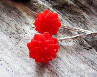 Scarlet red hairpins. Red dahlia hairpins. Red flower hairpins. Flower hairpin set. Extra long hairpins. Silver hairpins. Flower bobby pins.
