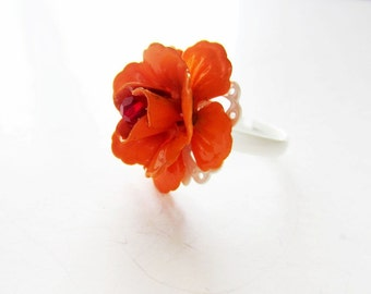 Pumpkin orange ring. Orange rose ring.  Metal flower ring.  White lace ring. White ring. White orange ring. Crystal ring. Filigree ring.