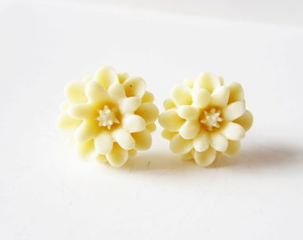 Ivory creme dahlia stud post earrings in sterling silver