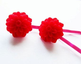 Red hair pins. Red bobby pins. Scarlet hair pins. Scarlet bobby pins. Red flower hair pins. Fuchsia hair pins. Red flower bobby pins.