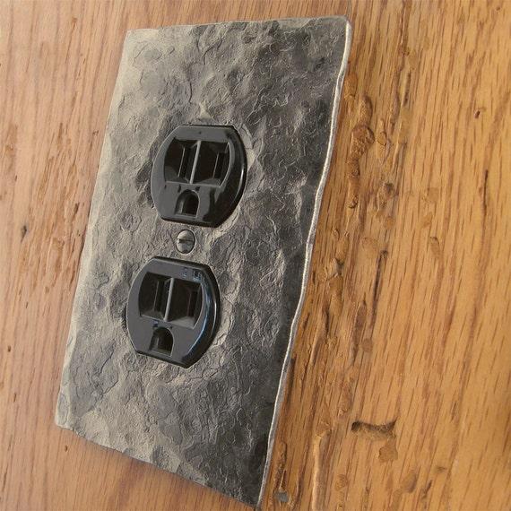 Outlet Cover Plate - Hammer Textured Single Plug/Outlet Wall Plate