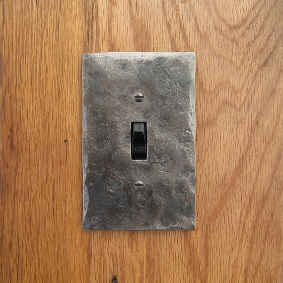 Hammer Textured Single Switch/Toggle Wall Plate