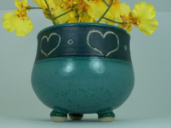 Sweet on Mom Heart Carved Bowl with Feet in Turquoise, Handmade Stoneware Pottery