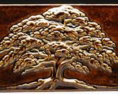 Carved Oak Tree - Summer