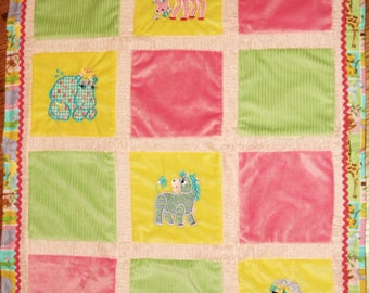 """Appliqued """"Cuddly Critters"""" Cuddly Baby Blanket"""