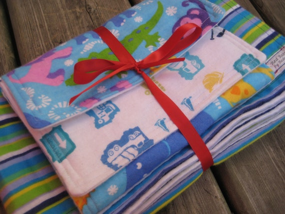 Gift Set - Moving Circus - XL Receiveing Blanket and Burp Cloths