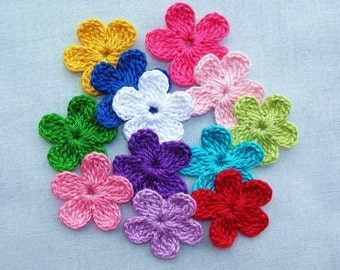 12 Crocheted   Flowers  Appliques/Cards/Scrapbooking/Crafts/Embellishments, Sew-On