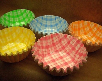 Cute Happy Mini candy cups (set of 68)