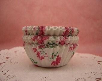 Cute Magenta Florals mini cupcake cups (set of 50)