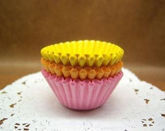 Cute Bubblegum mini cupcake cups (set of 75)
