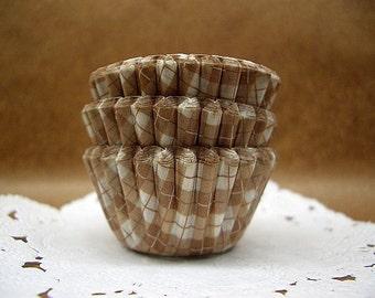 Cute Latte Checks small cupcake cups (set of 50)
