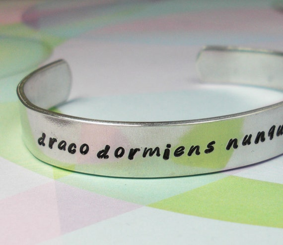 Harry Potter Bracelet: Draco Dormiens Nunquam Titillandus
