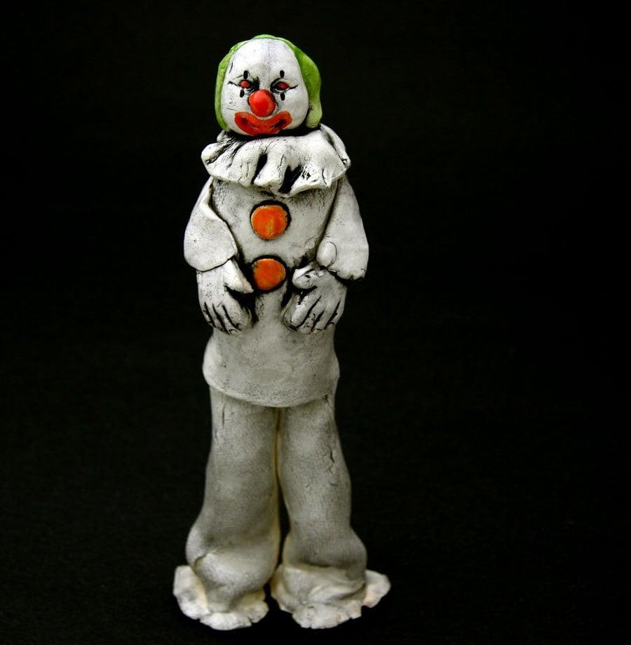 Evil clown doll halloween decoration for Clown dekoration