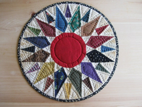 Quilted Table Topper Quilted Table Mat Candle Mat Trivet Primitive Decor Rustic Country Decor Farmhouse Kitchen Housewares Mariners Compass
