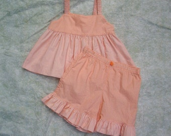 Toddler shorts set in Peach  size 18 to 24 months