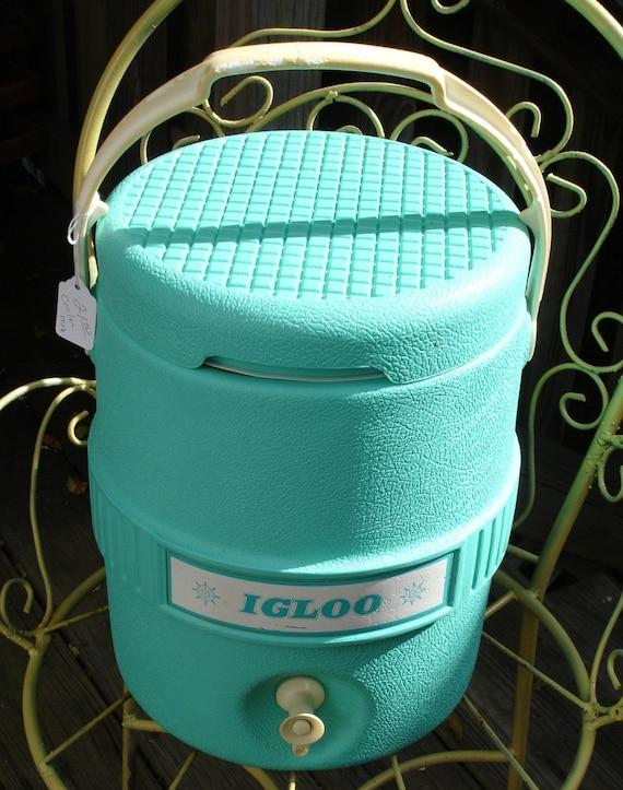 Cool vintage igloo cooler - Igloo vintage ...
