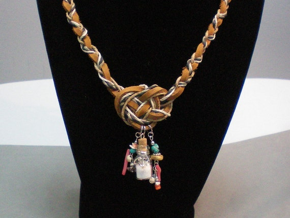 NecklaceJosephine Big Knot N Charms