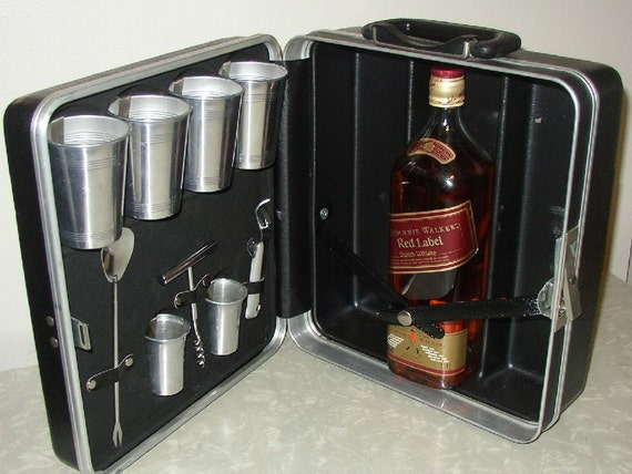 Retro Bar in a Suitcase
