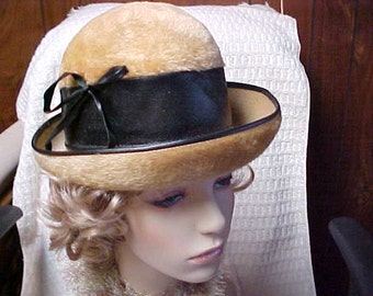 SALE Gold imported fur cloche hat  by Lilly Dache famous designer for Betty Grable and Marlene Detrich
