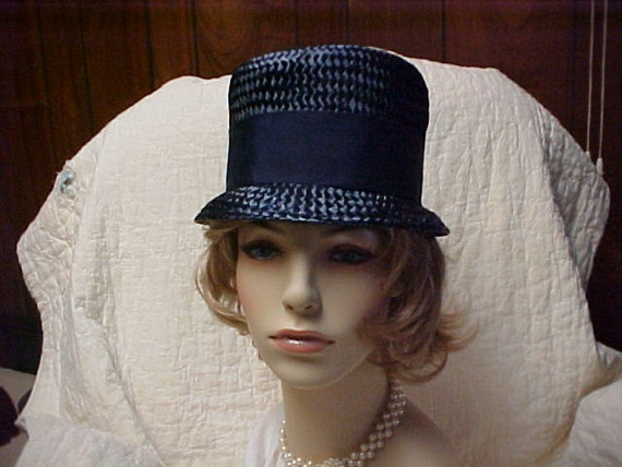 Reserved for Juan:Vintage 1950 s blue straw bucket hat  with bow- size 23 inches