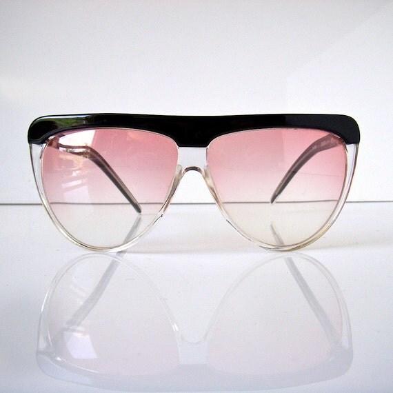Laura Biagiotti designer sun glasses - light rose lenses - 1980s - T103 Oxsol- like new vintage - aviator shape
