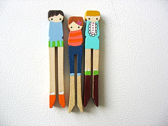 handmade wooden folk art  clothespin magnets ... girls with style