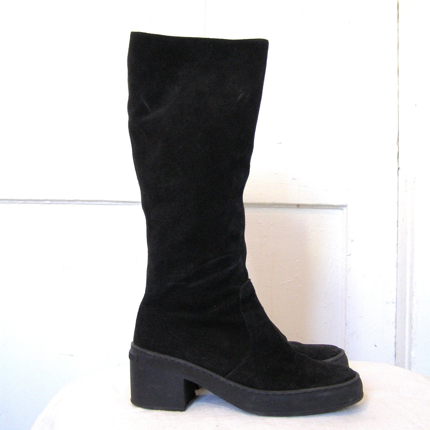 black suede boots by joan and david size 8 5 made in italy
